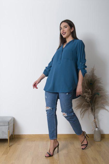 Tο CrepeMaoNeck πουκαμισο είναι ευκολοφόρετο πουκάμισο ,με φαρδια άνετη γραμμή που καλύπτει εύκολα εως large+ νούμερο. Ανανεωθείτε άμεσα φορώντας το θα είναι το ''go to'' για κάθε μέρα.!